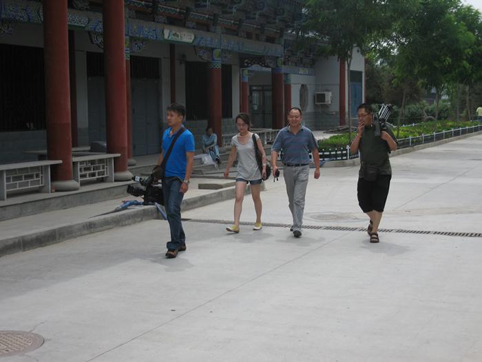 2009.08.04栏目画家李文亮外景拍摄